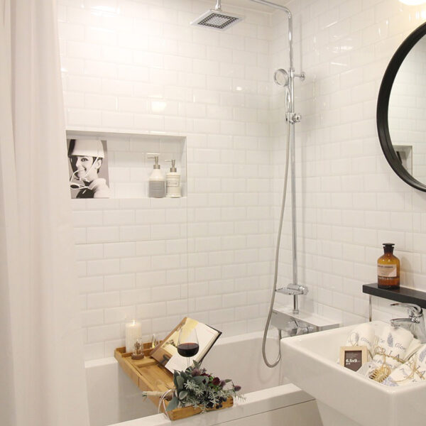 subway-tile-options-that-are-not-boring-bathroom
