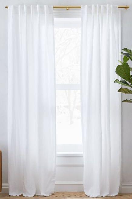 airbnb-bedroom-essentials-drapes