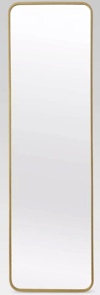 airbnb-bedroom-essentials-gold-mirror
