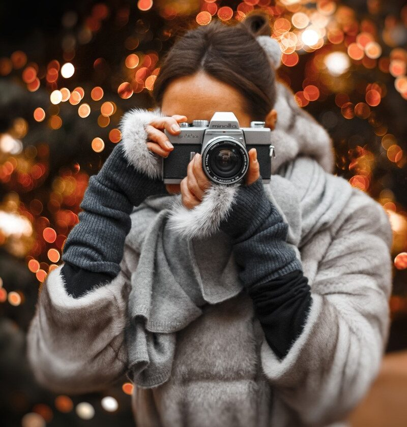 13 Amazing Gifts For Vloggers This Holiday Season