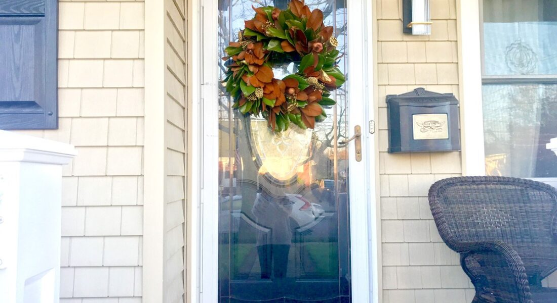 17 Front Door Wreath Ideas That Will Make Visitors Feel Welcome!