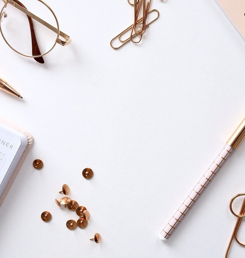 The Best Desk Essentials Students Need In 2021