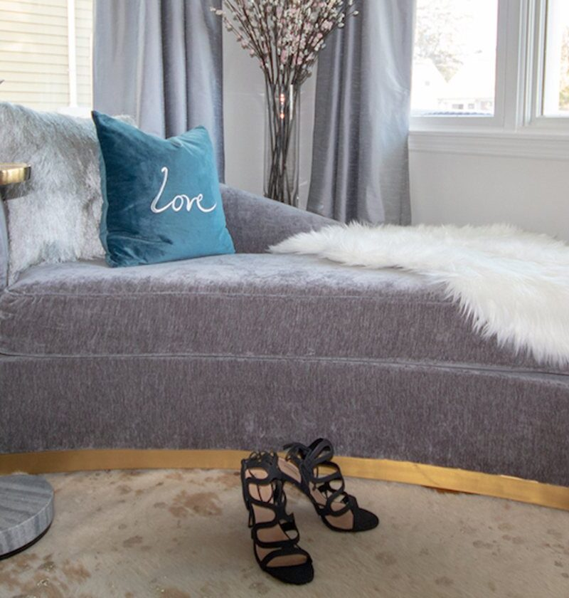 23 Curved Sofas That Make Lounging Sexy And Chic
