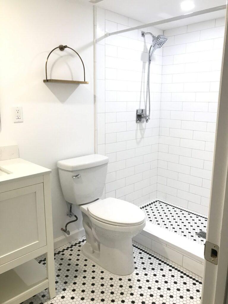 bathroom-remodel ideas on a budget
