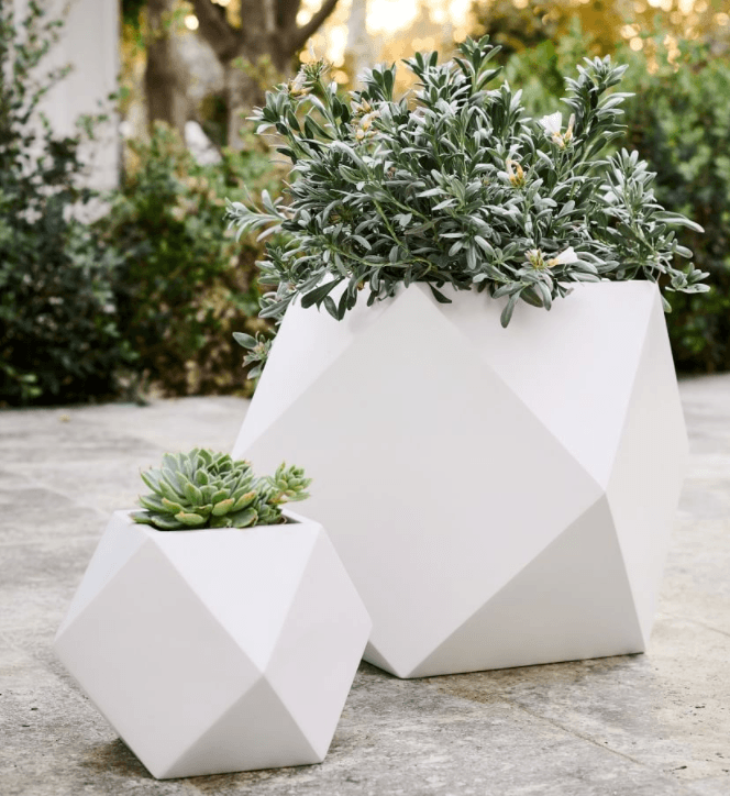 front-porch-planter