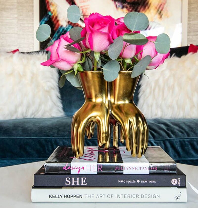 16 Black and Gold Decor That's So Stylish Your Friends Will Want To Copy Them